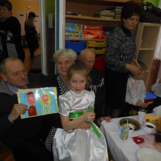 Dzień Babci i Dziadka w starszakach 2014r - zdjęcie 30