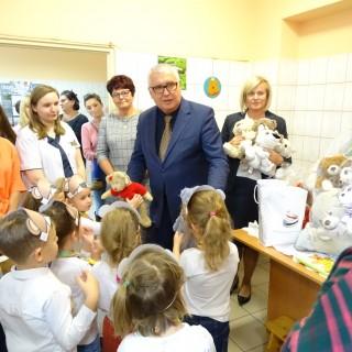 """Akcja charytatywna """"Misie dla chorych dzieci""""2019r. - zdjęcie 6"""